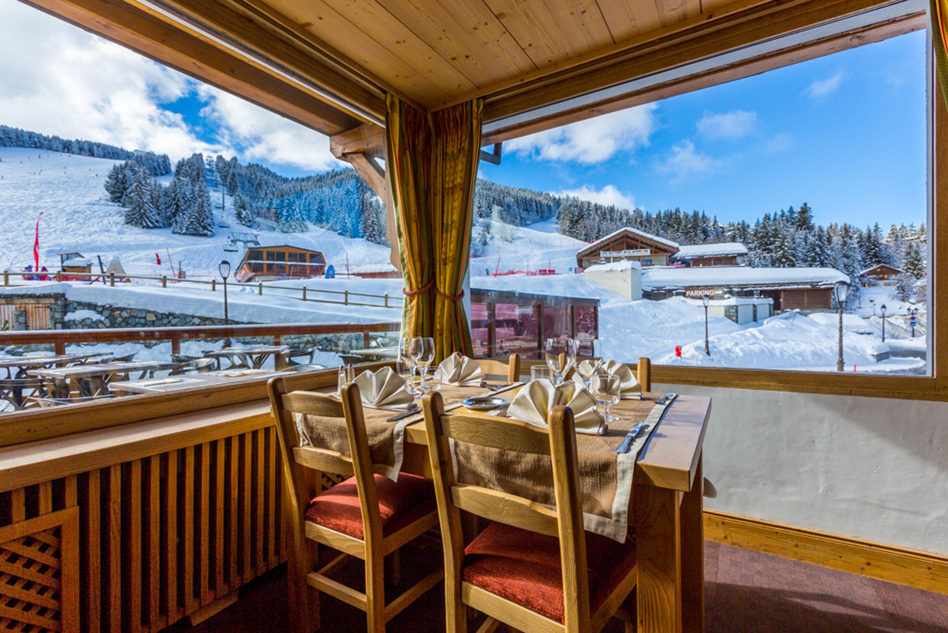 hotel-les-flocons-courchevel-ski-savoie-france-la-table-des-flocons-1