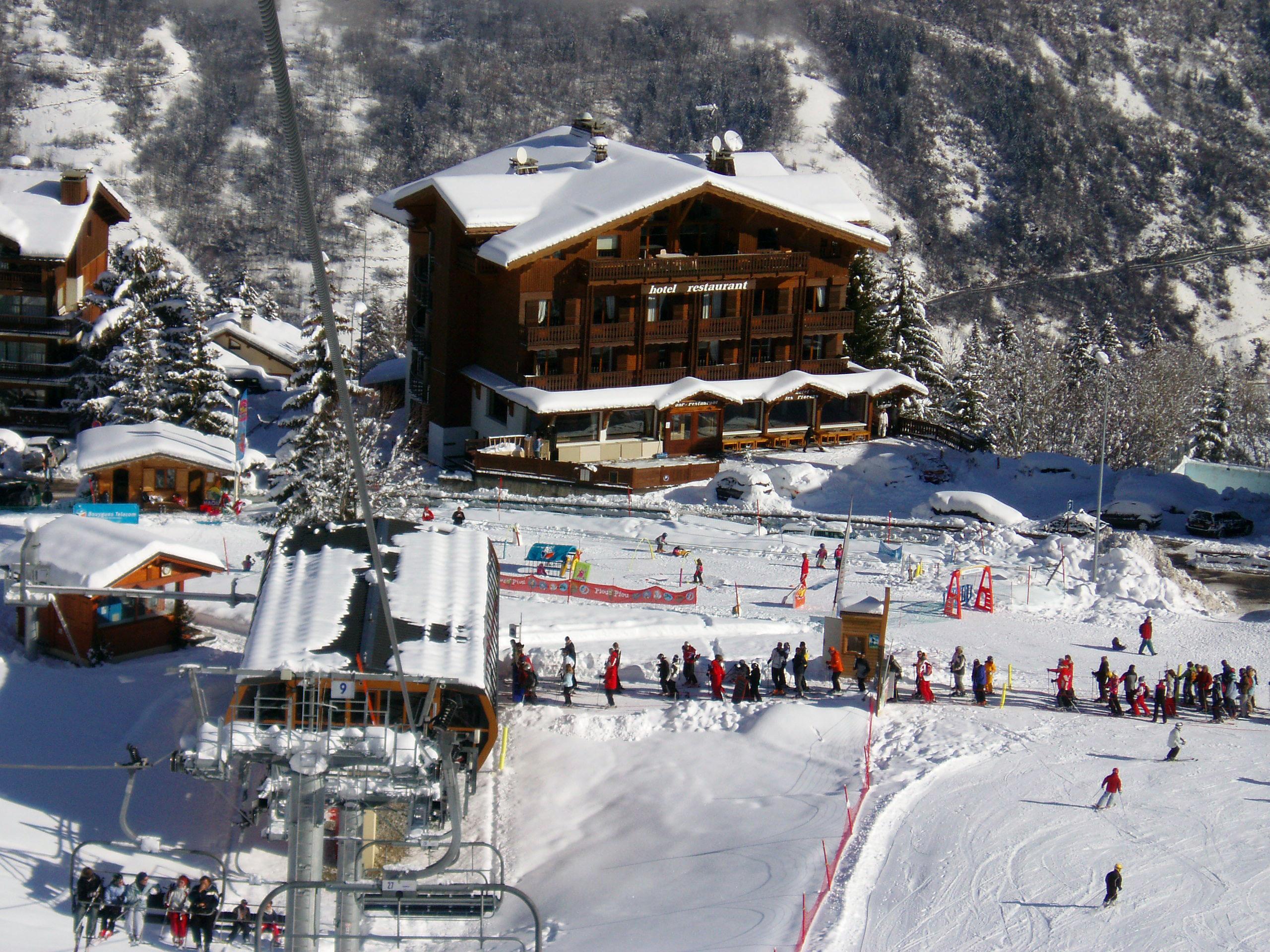 hotel-les-flocons-courchevel-pied_des_pistes